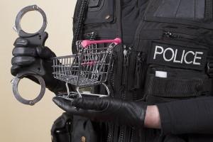 Policeman_shopping