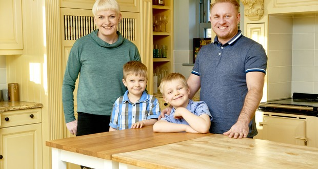 Simon Guest and his wife, Philippa, are the founders of Little Cook Box.